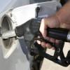 Montoro – Distributore non eroga carburante, 50enne danneggia colonnina