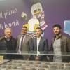 """Avellino – Carlo Sibilia alla yogurteria """"Yoog"""", attività nata grazie al finanziamento di Microcredito"""
