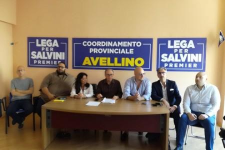 Avellino – La Lega in protesta davanti all'ospedale Moscati