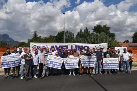 Lega giovani Avellino :dalla protesta dinanzi l'ospedale ai gazebo contro il govern