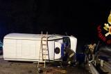 Montella – I Vigili del Fuoco intervengono per un furgone ribaltato