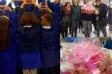 Palline rosa e letterine dalla scuola di Alvanella per i bambini del Pausilipon