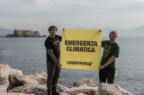 """Greenpeace lancia a Napoli operazione """"Mare caldo"""""""