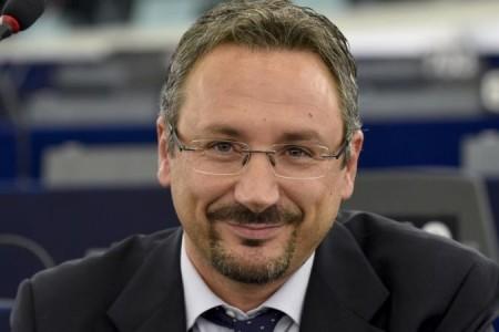 Psr, Pedicini (M5S): 'Ritardi nei finanziamenti, De Luca dia una risposta a 2650 aziende'
