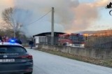Banzano – Messa in sicurezza la struttura andata in fiamme nel pomeriggio