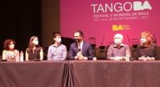 Il teatro Gesualdo riparte con il tango, omaggio al rivoluzionario Piazzolla