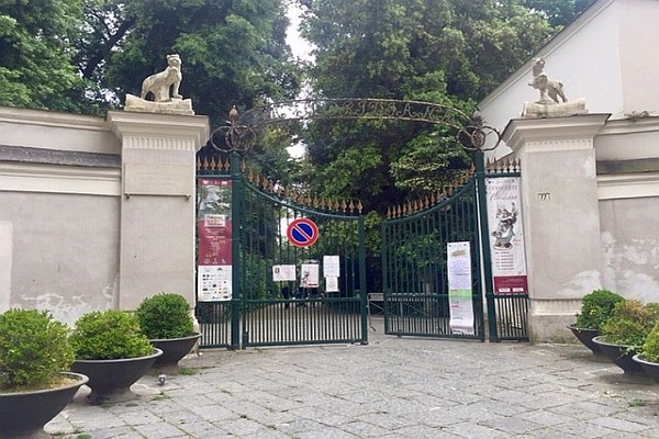 Vomero, villa Floridiana, ingresso via Cimarosa
