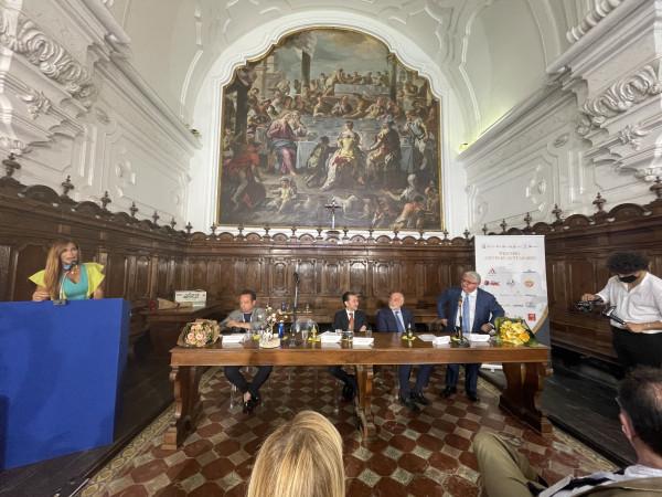 Presentazione Artis Suavitas da Dx Rosario Caputo, Maurizio Marinella, Antonio Larizza, Domenico Raccioppoli, Veronica Maya